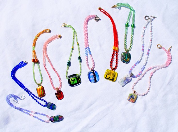 Necklaces MG 9547 flat for web